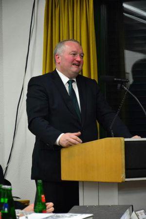 (Noch) Bürgermeister Dr. Henning Görtz bei seiner letzten Ansprache an die Wehr