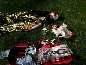 Den Verletzten hat ein Rettungsassistent der Bargteheider Feuerwehr vor Ort versorgt.
