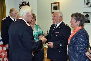 Auszeichung von Brandschutzerzieher der ersten Stunde, Jörg Lüdek nebst Gattin die viel auf den Göttergatten verzichten musste.