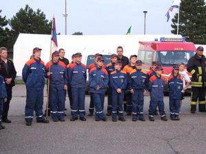 Die Teilnehmer der Bargteheider Jugendfeuerwehr am Amtszeltlager.