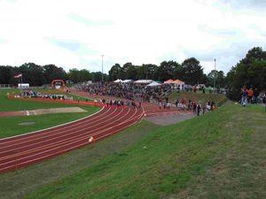 Ein Marsch der Schüler-Triathleten.
