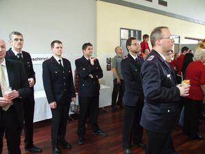 Ein Teil der anwesenden Feuerwehrangehörigen.