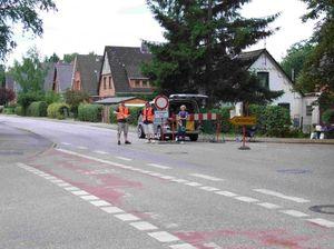 Die zweite Sperrung, hier die Kreuzung Alte Landstraße Ecke Hasselbusch.