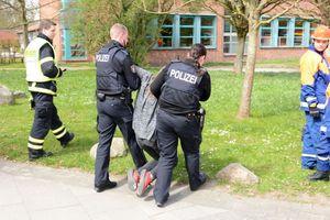 auch die Polizei hilft mit - DANKE!