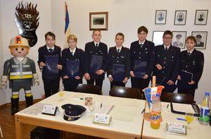 Die stolzen Jugendflamme 2 Besitzer (vlnr Nico, Felix, Leon, Tim,Benjamin, Alexander und Lucas)